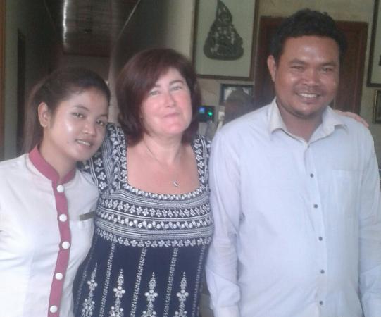 Mudra Angkor Boutique Hotel: Miss Sinoun Sinoun,  Mr Savin and I