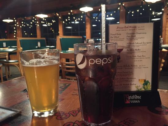 Beverages, Rodeside Grill, Windsor Wisconsin, Menu options,