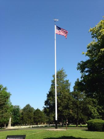 Murfreesboro, TN: American Flag at Stones River National Cemetery