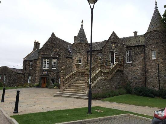 Duncan's Tours Scotland - Day Tours: Mansion and golf course