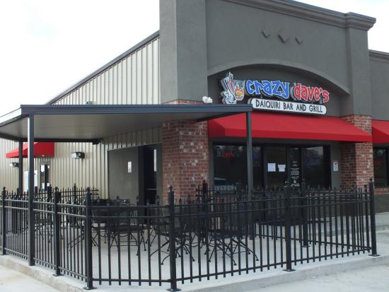 Patio picture of crazy dave 39 s daiquari bar and grill for Balcony grill and bar