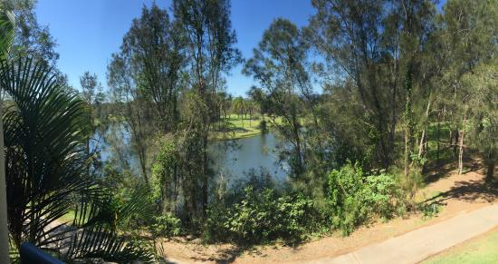 Mercure Gold Coast Resort: View from 2nd Floor Honeyeater Block (golf course over water)