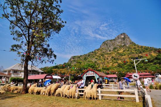Jelajahi Destinasi Terkenal di Hua Hin Thailand