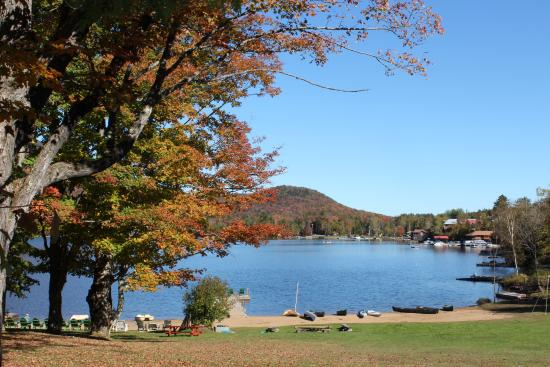Prospect Point Cottages - Blue Mountain Lake: Beach view