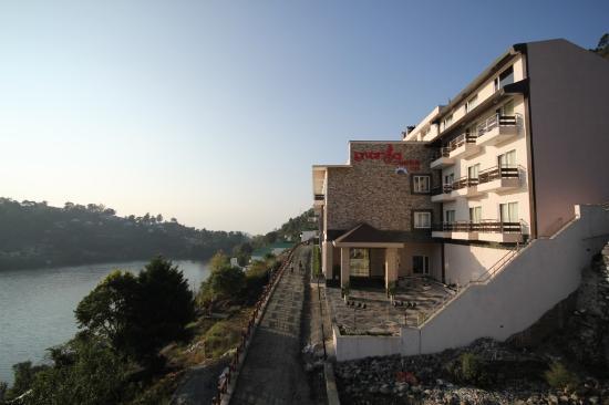 Lavanya Inn
