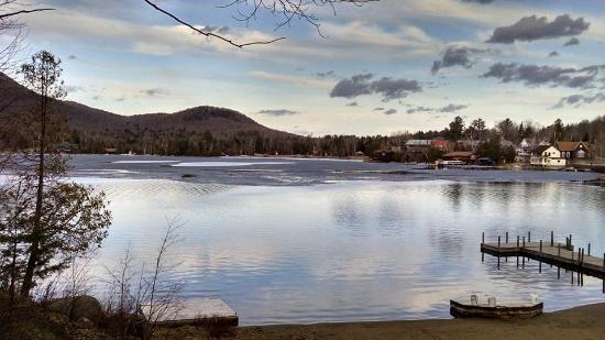 Prospect Point Cottages - Blue Mountain Lake: Beach in the spring
