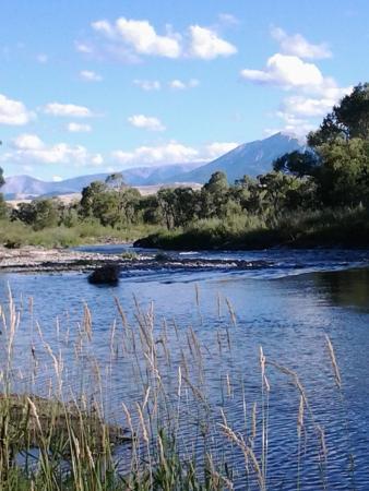 Clyde Park, Montana: photo1.jpg