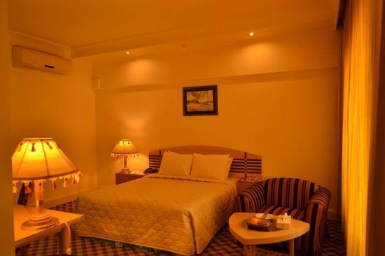 Washington Hotel: Premier single Room