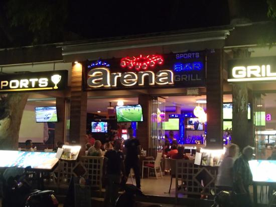 screens to burn picture of arena sports bar grill. Black Bedroom Furniture Sets. Home Design Ideas