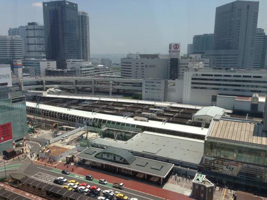 横浜ベイシェラトンホテル&タワーズ, 横浜駅