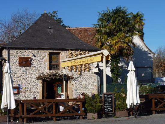 Navarrenx, Prancis: Extérieur de l'auberge