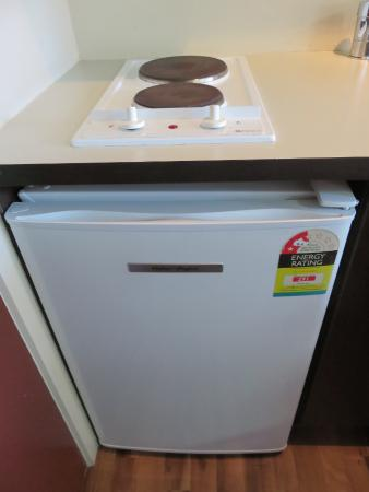 540 on Great South Motel: Hot Plate and Mini-Refridge