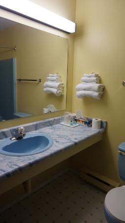 North Shore Inn: Ванная комната.