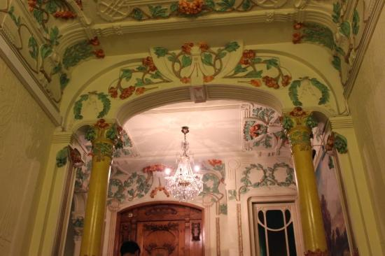 Belle Epoque 1904 : Details of the house
