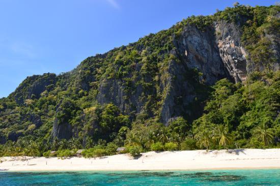 Black Island: Arriving