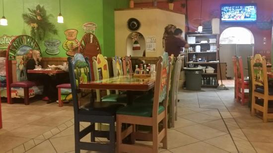 La Terraza Restaurant: TA_IMG_20151209_212832_large.jpg