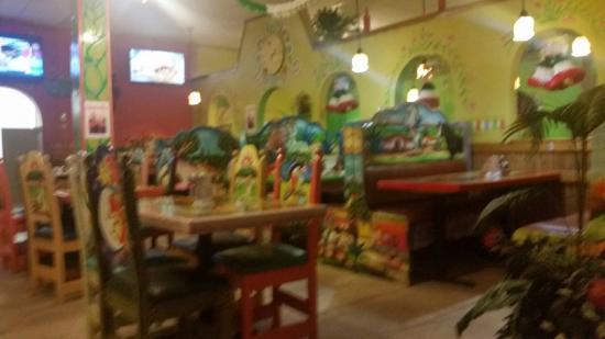 La Terraza Restaurant: TA_IMG_20151209_212816_large.jpg