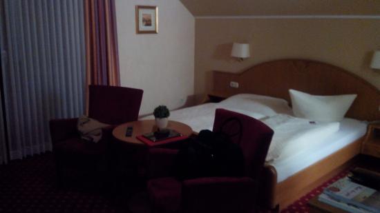 Hotel Puester: Camera con terrazzo