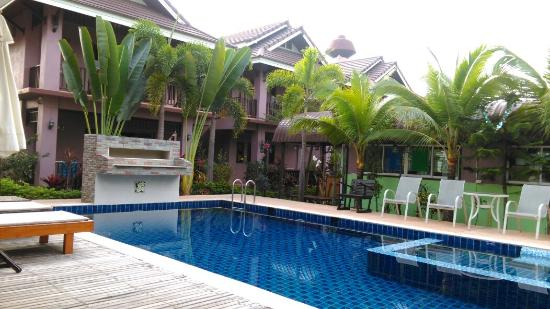 Baan Soontree Resort: IMAG0515_large.jpg