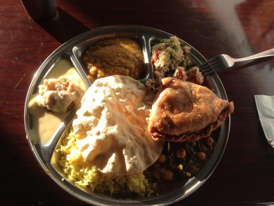 Govinda's Restaurant: Main and desert
