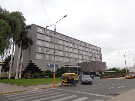 FAchada principal del Casa Andina Select Chiclayo