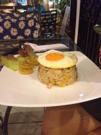 Sary's Restaurant