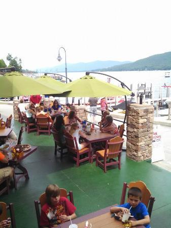 King Neptunes Pub: Outside Dining