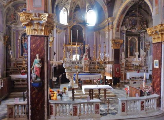 Saorge, Francia: Vista sull'altare