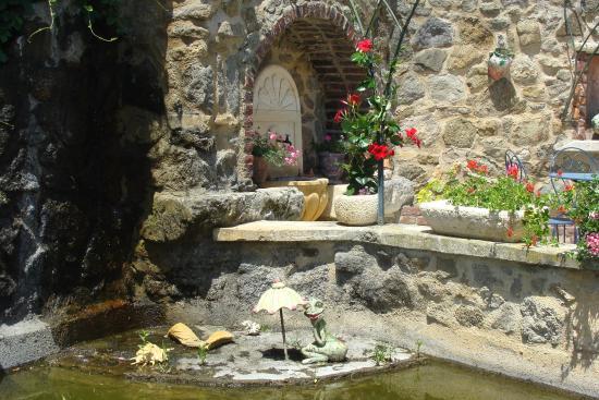 Petit coin sympa photo de le jardin de saint adrien servian tripadvisor - Les jardins de saint adrien ...