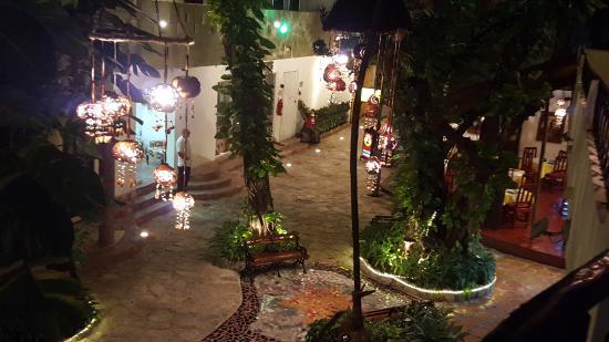 El Secreto Hotel: Hotel courtyard