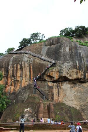 Les Marches Picture Of Citadel Of Sigiriya Lion Rock Sigiriya