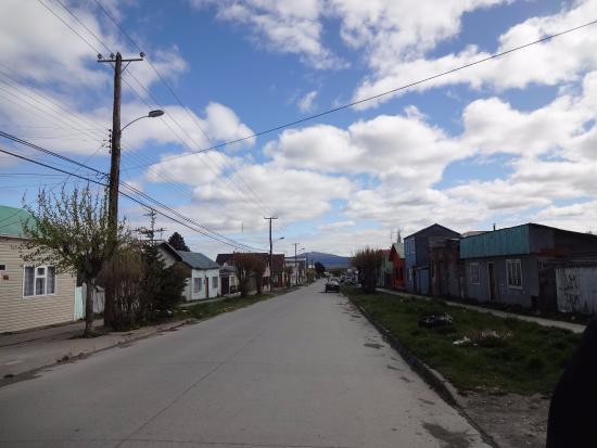 Residencial Carlitos: rua do hostel