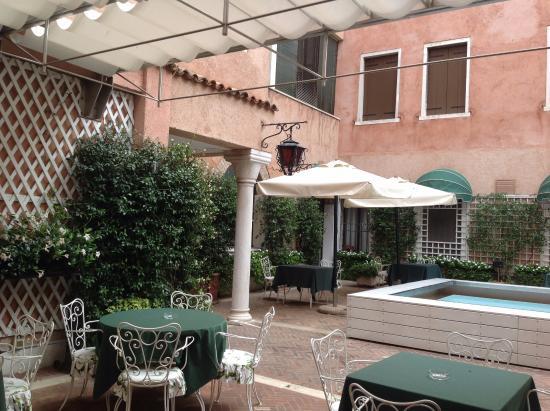 Hotel giorgione reviews castelfranco veneto italy tripadvisor - I giardini del sole castelfranco veneto ...