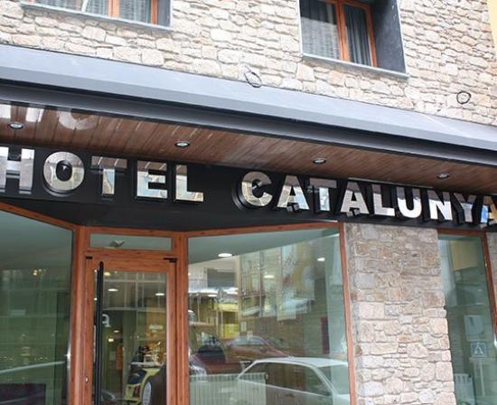 Hotel catalunya restaurant pas de la casa coment rios for Horario oficinas catalunya caixa
