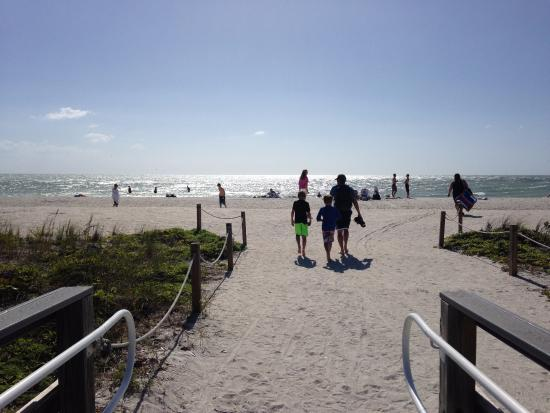 Sanibel Island Lighthouse: You Cannot Go Wrong With The Beach. Fun In The  Sun