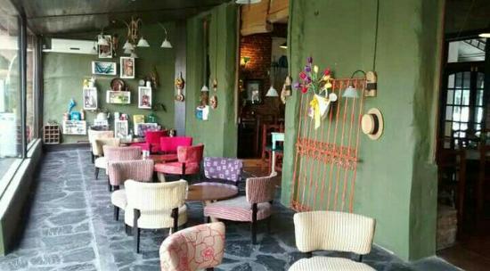 Pergamino, Argentina: Los Naranjos Cafe