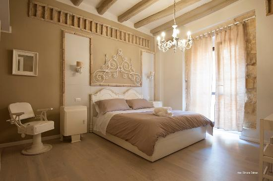 Cento Bed & Breakfast