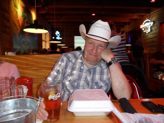 Texas Roadhouse: То что не съедено, можно положить в бокс