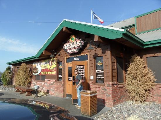 Texas Roadhouse: Вход в ресторан