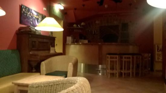 Hostel Ruthensteiner : Common Room + bar
