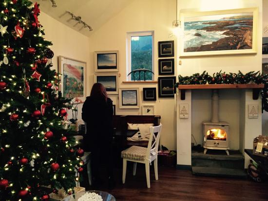Kilbaha, Irlanda: Getting ready for late night Christmas shopping
