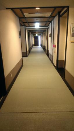 Takayama Ouan: Couloir