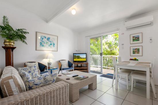 Beachcomber Peregian Beach: Apt 1 Lounge