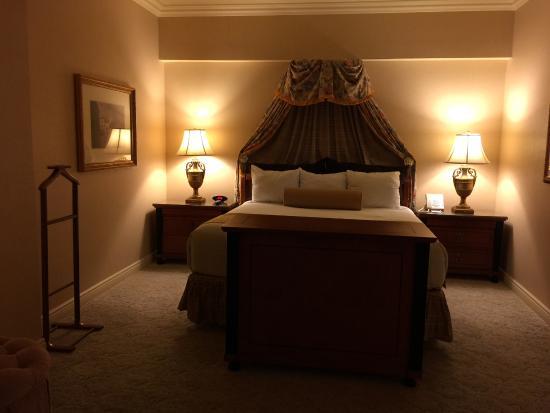 Suite bedroom - Picture of Paris Las Vegas, Las Vegas
