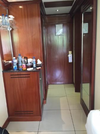 Sarova Panafric: View from inside room towards door