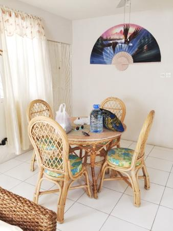 Clearwater Apartments: dining, breakfasts here , such a joy