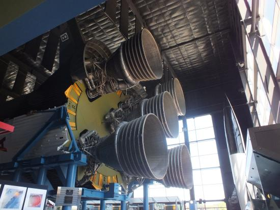 Huntsville, AL: Saturn V 1st Stage Engines