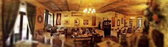 Locanda Porta Vecchia: La sala interna