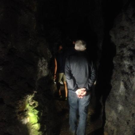 Sao Vicente Caves &  Volcanism Centre: Tur i hulerne