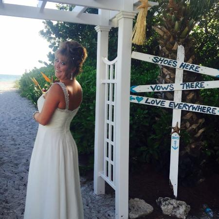 Wicker Inn Beach Resort 사진